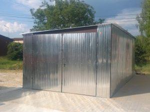 Plechové garáže - so spádom na bok