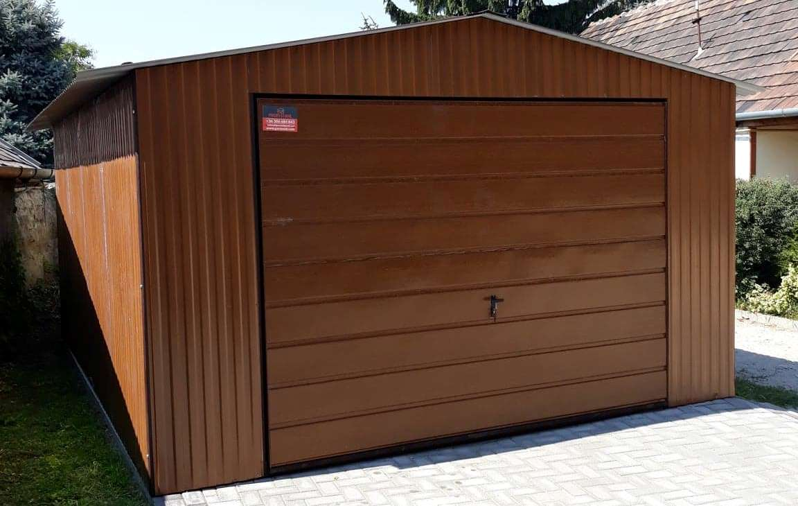 Plechové garáže s imitací dřeva - premium